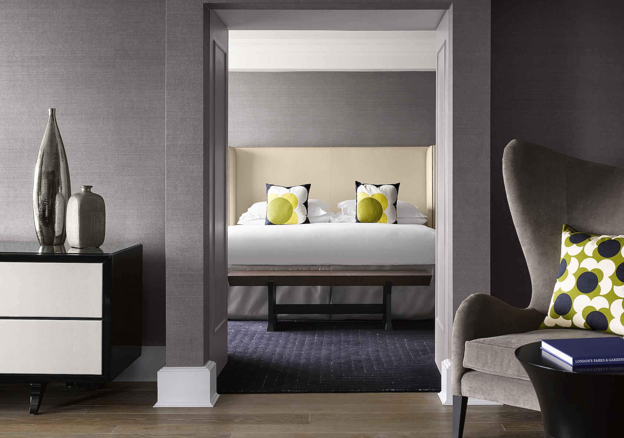 InterContinental Park Lane London - Living Area to Bedroom